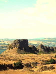 Horsethief Butte in the eastern Columbia River Gorge. Photo by Tim Graves